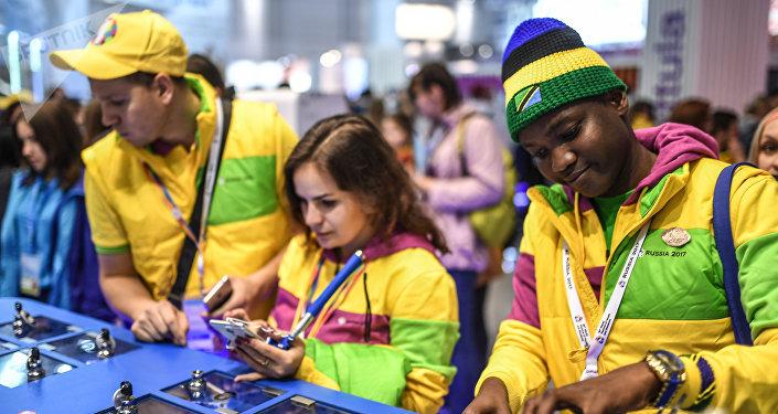 Los participantes del XIX Festival Mundial de la Juventud y los Estudiantes en Sochi (archivo)