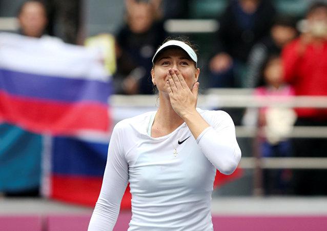 María Sharápova gana su primer título de WTA desde mayo de 2015