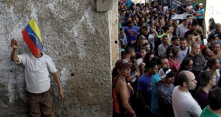 Venezuela eligió en las urnas a 23 gobernadores