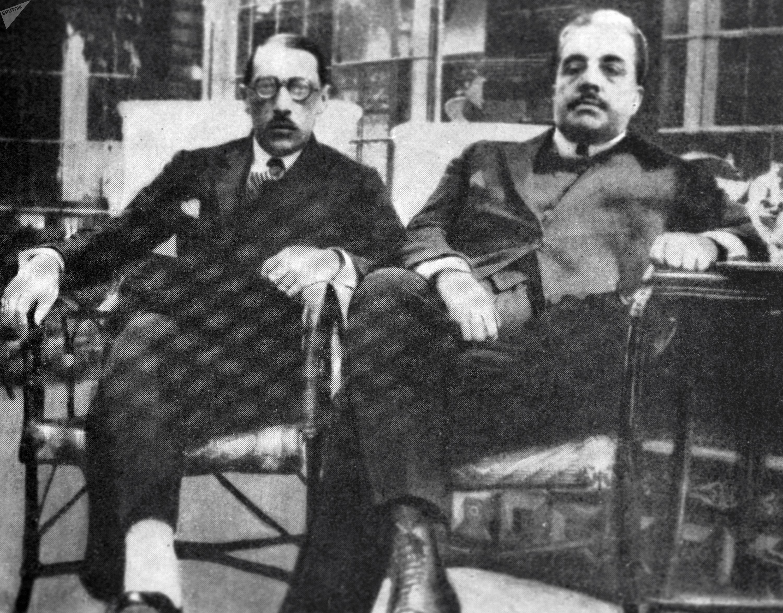 El compositor Igor Stravinsky junto al empresario de ballet Serguéi Diaguilev en 1921
