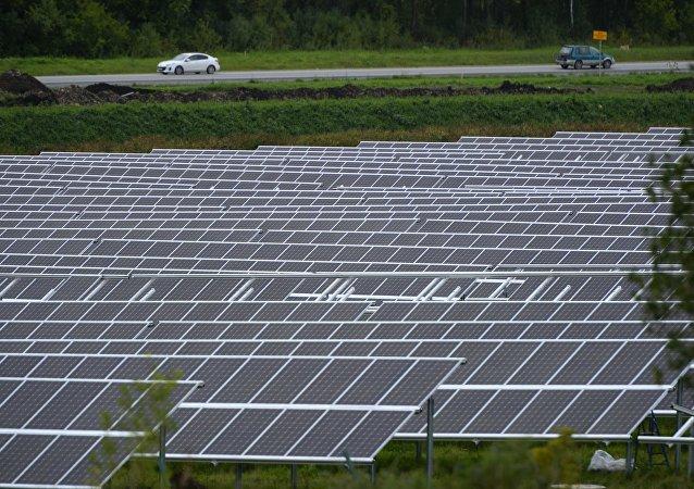 Una planta de energía solar