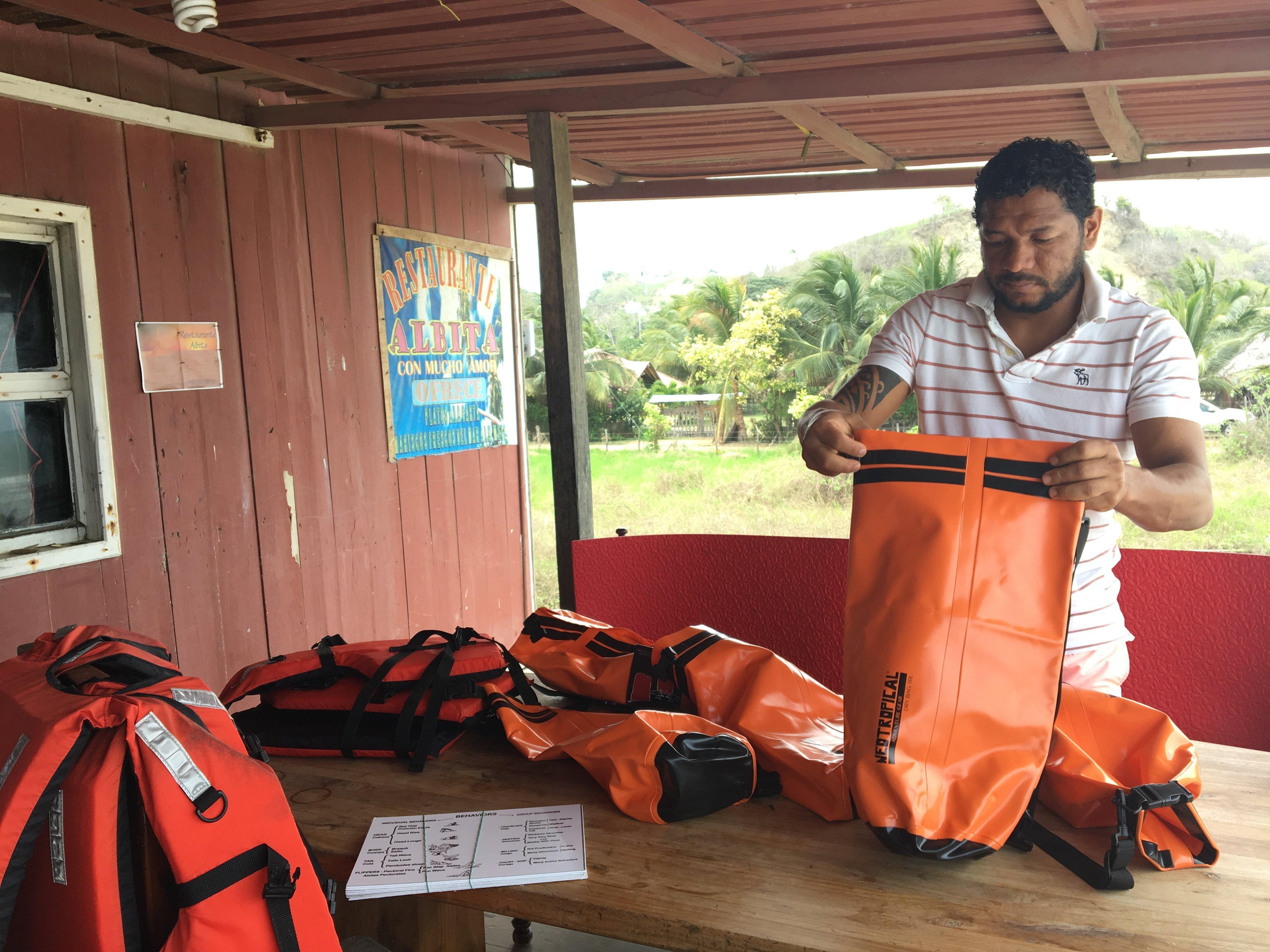 El presidente de la Asoación Ballevista, Fabián Valdez, que se dedica al negocio turístico y recibió apoyo del PNUD para iniciar sus labores.