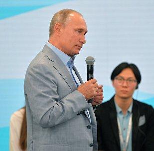 ¿Qué considera Putin más aterrador que una bomba atómica?