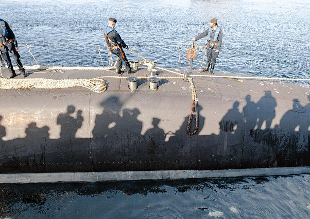 El submarino alemán Tipo 212 en el puerto de Eckernfoerde, Alemania (archivo)