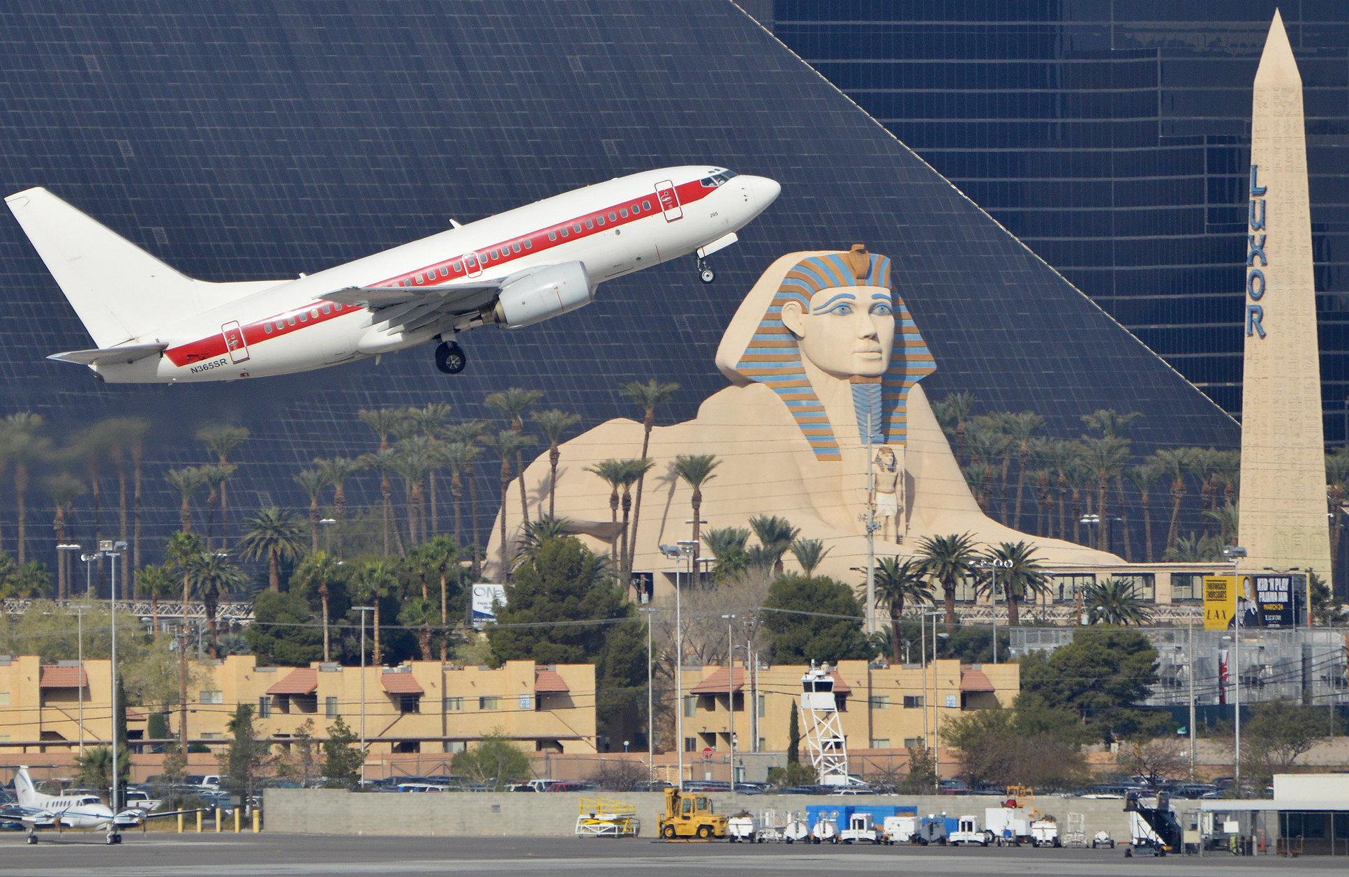 Un Boeing 737-66N de la misteriosa línea aérea Janet