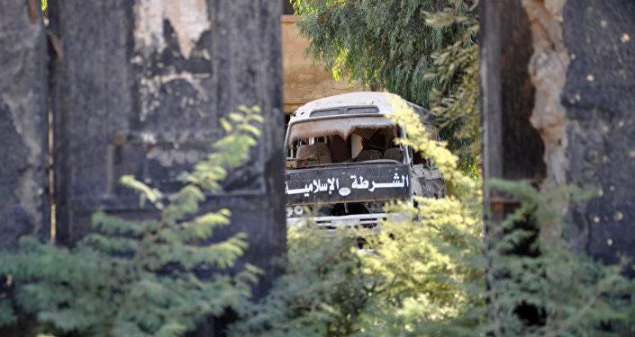 Un vehículo de Daesh abandonado en la ciudad siria de Mayadin (archivo)