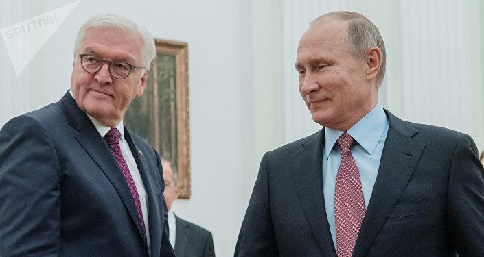 El presidente de Alemania,  Frank-Walter Steinmeier junto al  presidente de Rusia,  Vladímir Putin