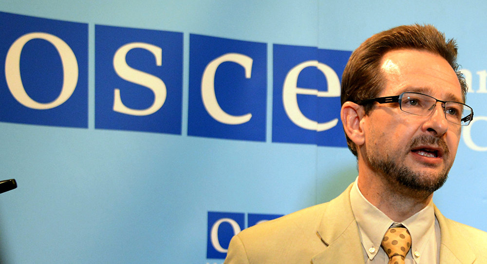 El secretario general de la OSCE, Thomas Greminger