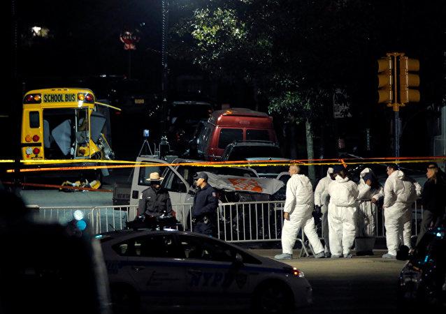 La policía en el lugar del atropello en Nueva York