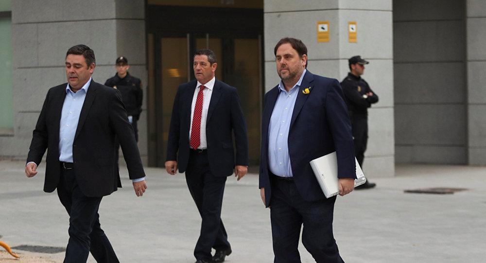 Prisión para ocho miembros del gobierno independentista