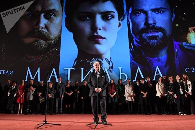 El productor Vladímir Vinokur durante el estreno de la película 'Matilda' en el cine Oktiabr de Moscú, el 24 de octubre de 2017