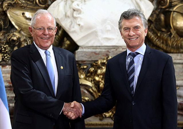 Presidente de Argentina, Mauricio Macri y su homólogo peruano, Pedro Pablo Kuczynski