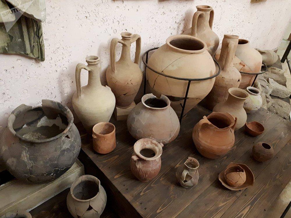 Instrumentos utilizados en las terapias con barro en la Antigüedad