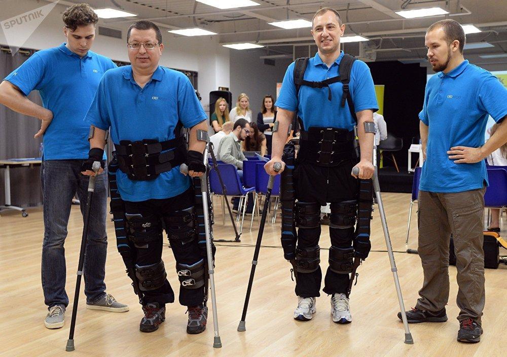 Presentación de Exoatlet, el exoesqueleto de producción rusa