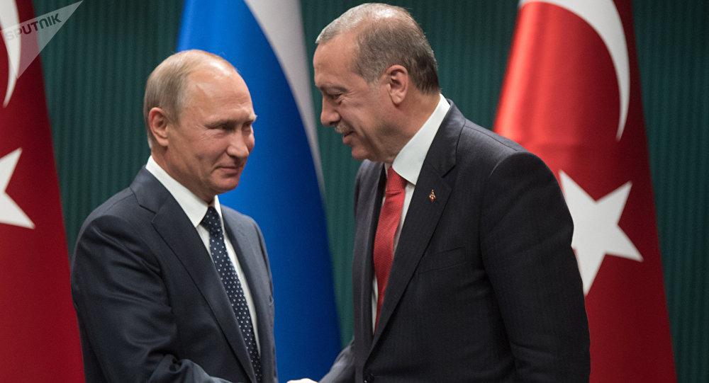 El presidente de Rusia, Vladímir Putin, y presidente de Turquía, Recep Tayyip Erdogan
