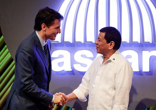 Primer ministro de Canadá, Justin Trudeau, y presidente de Filipinas, Rodrigo Duterte