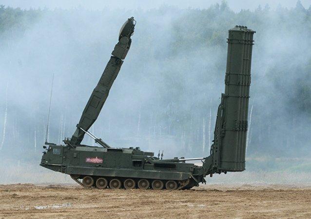 Sistema de defensa antiaérea de largo alcance S-300VM (archivo)