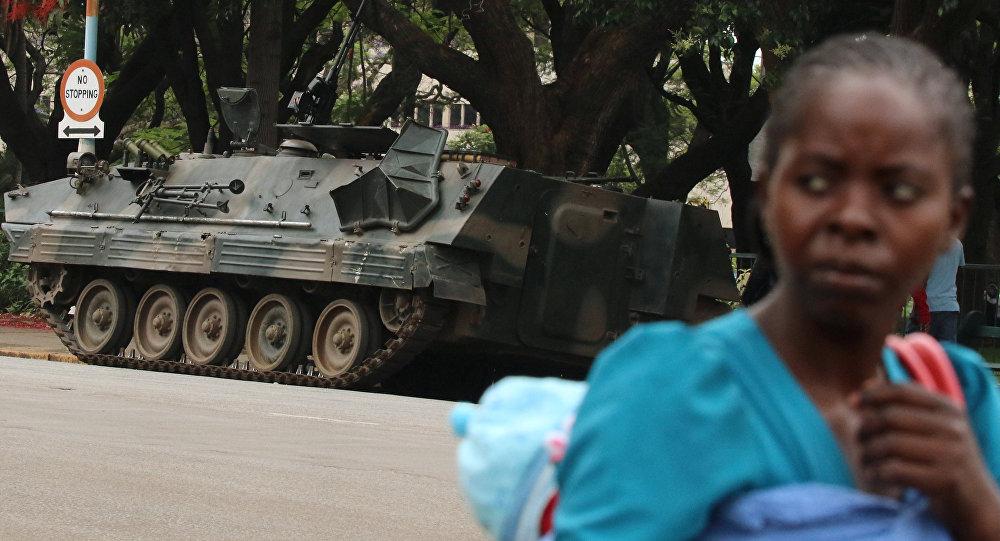 Unión Africana llama a resolver problemas internos de Zimbabue