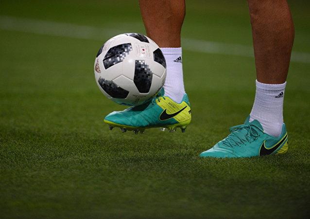 Una pelota de fútbol (imagen referencial)