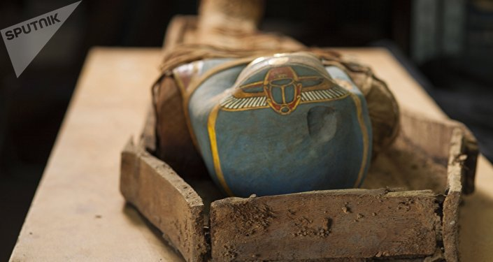 Una momia (archivo)