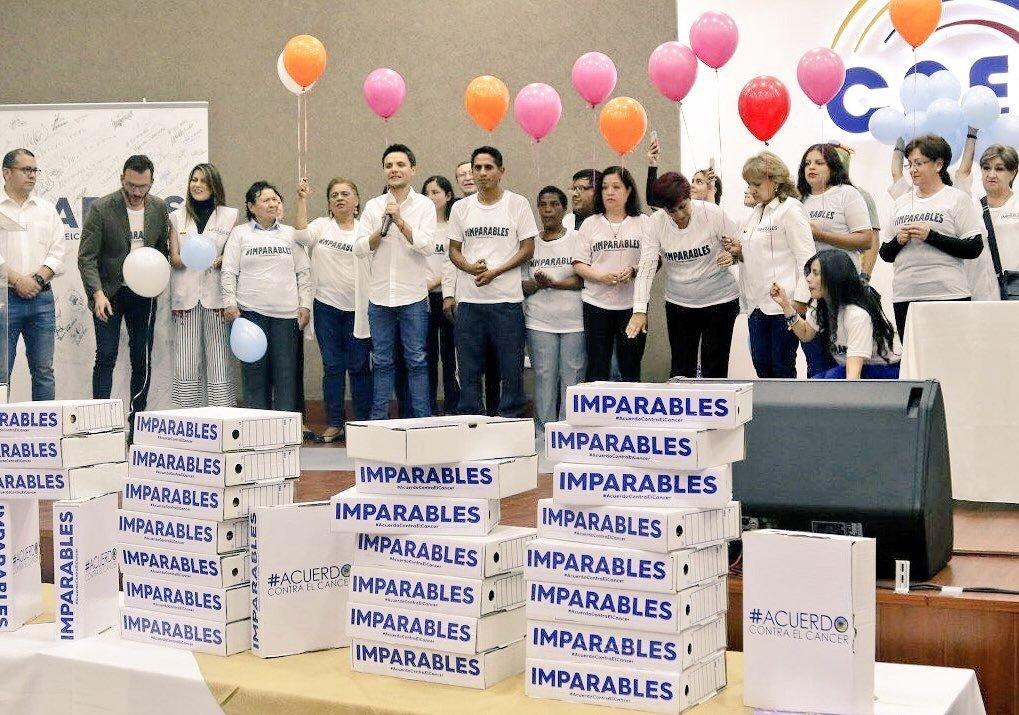 El Acuerdo Contra el Cáncer logró reunir más de 159.000 firmas para presentar un proyecto de ley que favorezca a las personas que padecen esta enfermedad.
