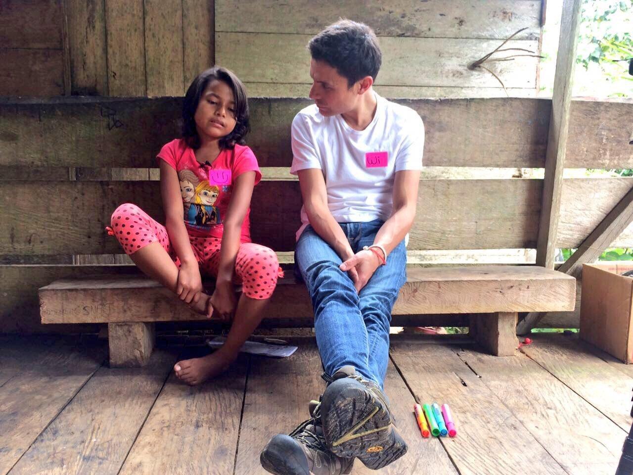 La Fundación Cecilia Rivadeneira realiza desde 2004 un trabajo de asistencia a personas que padecen cáncer, especialmente niños y sus familias. En la foto, su director, Wilson Merino.