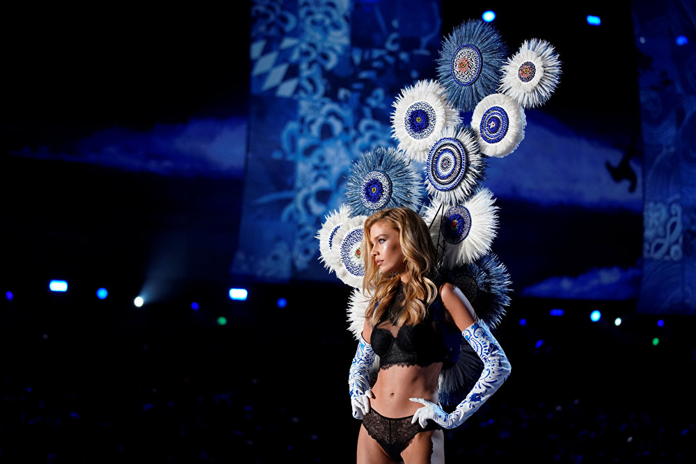 Model Stella Maxwell presents a creation during the 2017 Victoria's Secret Fashion Show in Shanghai, China, November 20, 2017