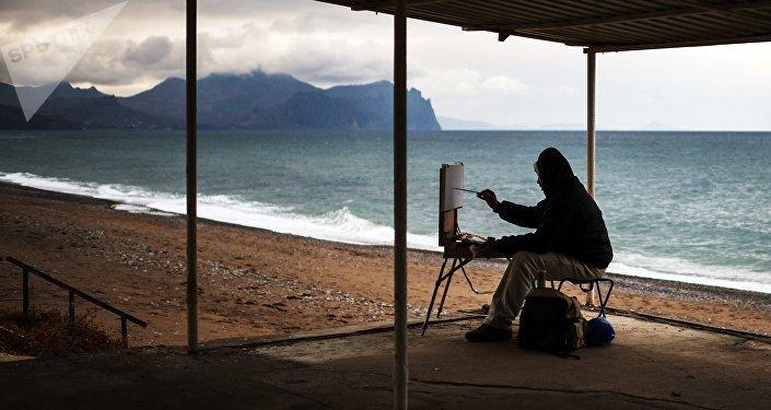 Un pintor en Sebastopol, Crimea, Rusia (imagen referencial)