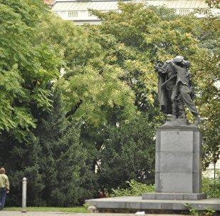 Un monumento a los soldados soviéticos en Praga, República Checa