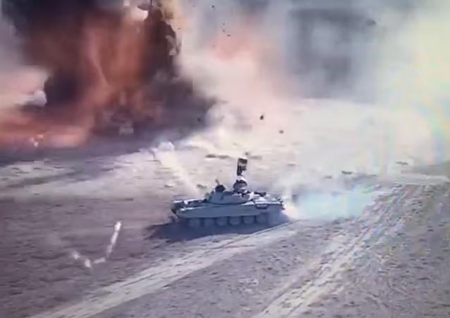 Tanque vs coche bomba: militares iraquíes muestran imágenes del duelo a muerte (vídeo)