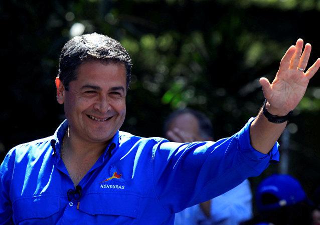 El mandatario hondureño Juan Orlando Hernández (archivo)
