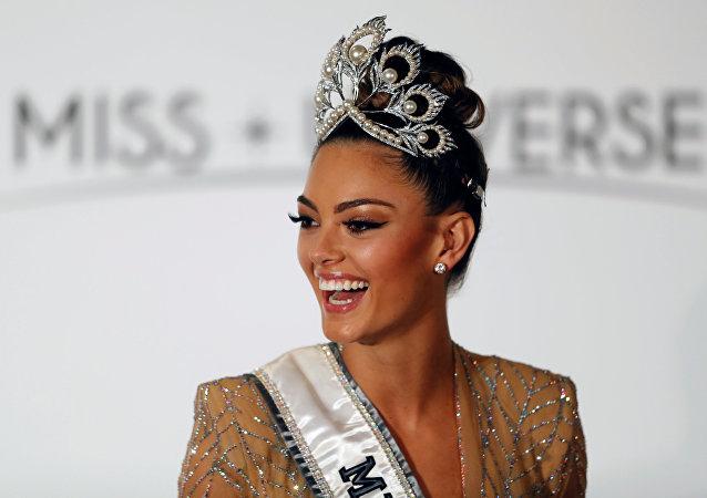 Demi-Leigh Nel-Peters, ganadora del concurso de belleza Miss Universo 2017