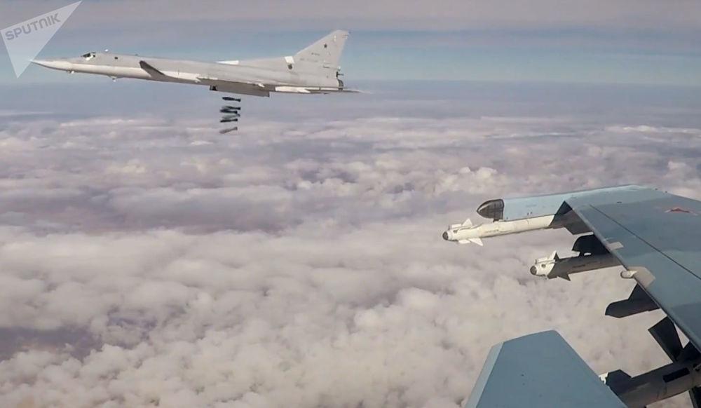 Seis bombarderos rusos atacan objetivos terroristas en Siria