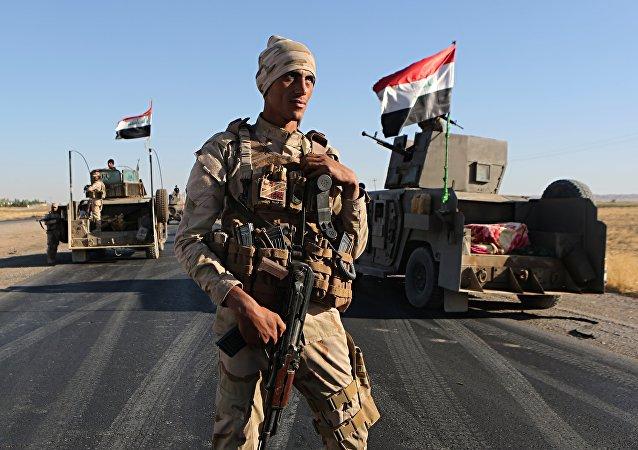 Soldado iraquí en las afueras de la ciudad kurda de Erbil, 27 de octubre de 2017