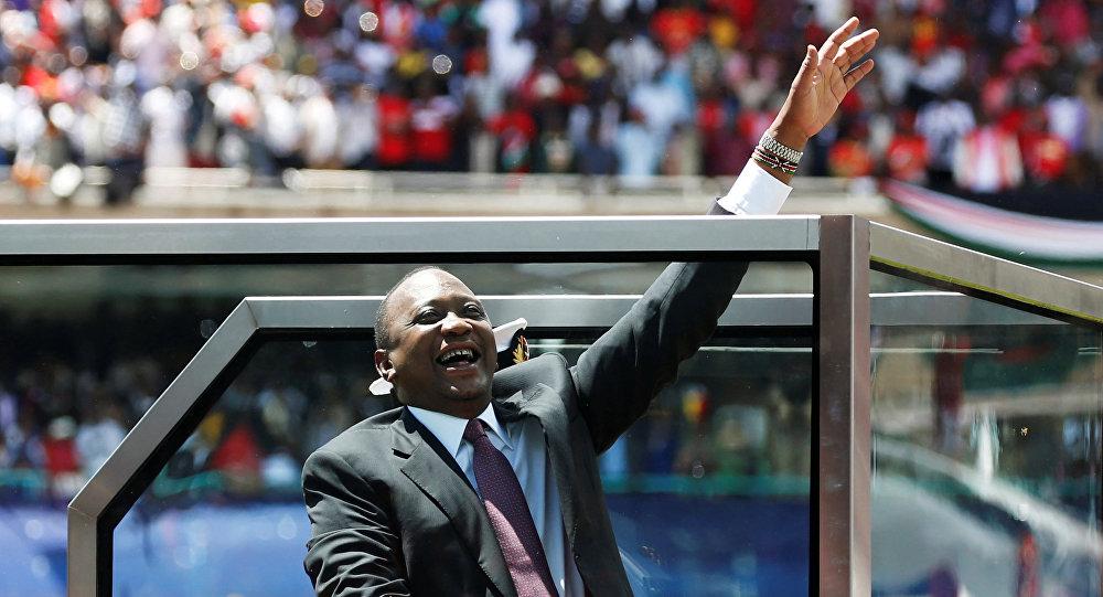Uhuru Kenyatta es investido presidente de Kenia