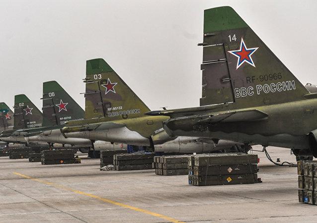 Aviones de ataque Su-25SM (archivo)