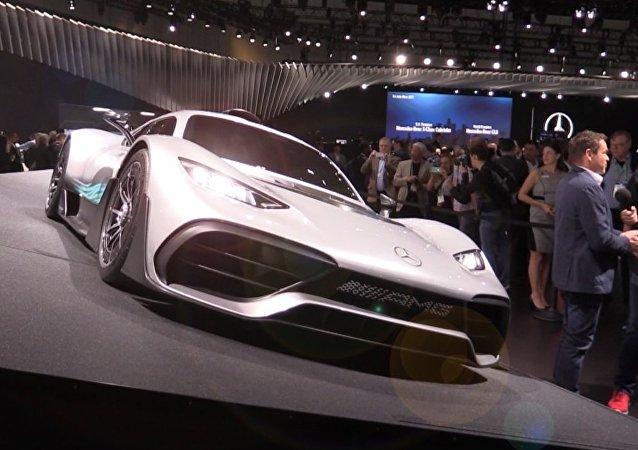 Fórmula 1 en la calle: Mercedes Benz presenta su 'hypercar' Project One