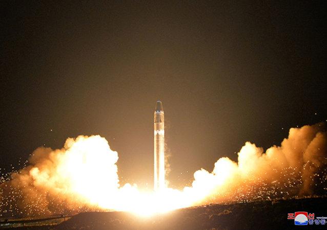 Lanzamiento del misil norcoreano (archivo)