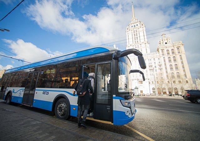 El electrobús del Grupo GAZ durante las pruebas en Moscú (archivo)