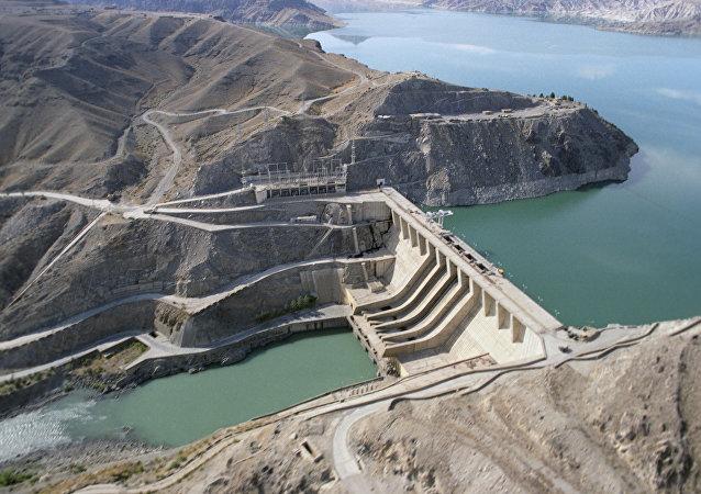 La central hidroeléctrica Naghlu (Afganistán)