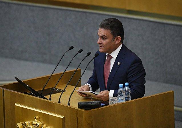 José Serrano, presidente de la Asamblea Nacional de Ecuador, durante su visita oficial a Rusia