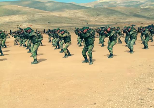 Los duros entrenamientos de las unidades especiales de Siria