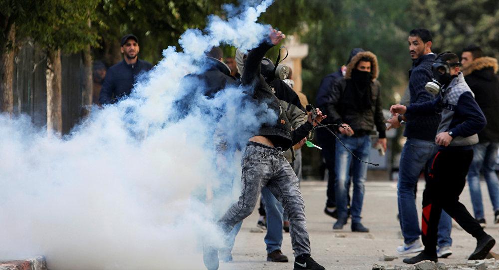 Tropas israelíes se enfrentan a manifestantes palestinos en Cisjordania y Gaza