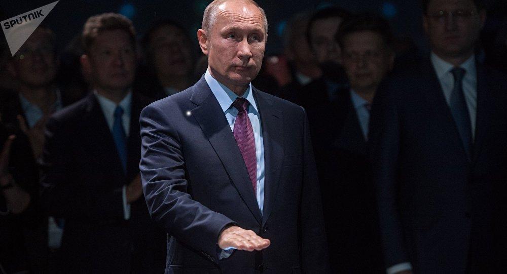 Rusia, China y Francia inauguran una gran planta de gas en Ártico