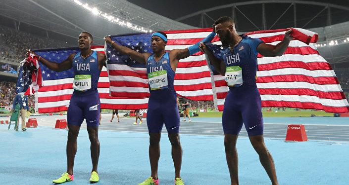 Miembros del equipo de EEUU, Justin Gatlin, Mike Rodgers y Tyson Gay en los JJOO 2016 de Río de Janeiro