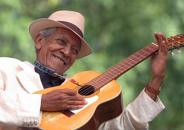 Máximo Francisco Repilado Muñoz (Compay Segundo) (1907-2003)