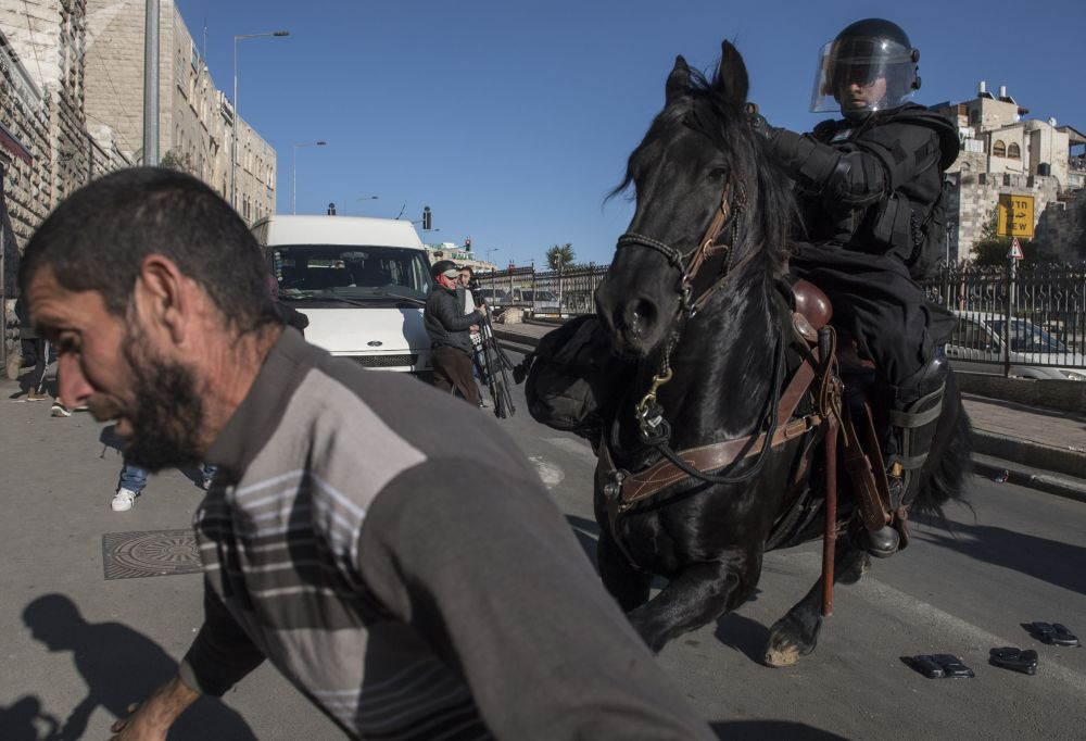 Caos, bombardeos, resistencia... lo que está pasando en Jerusalén tras la decisión de Trump