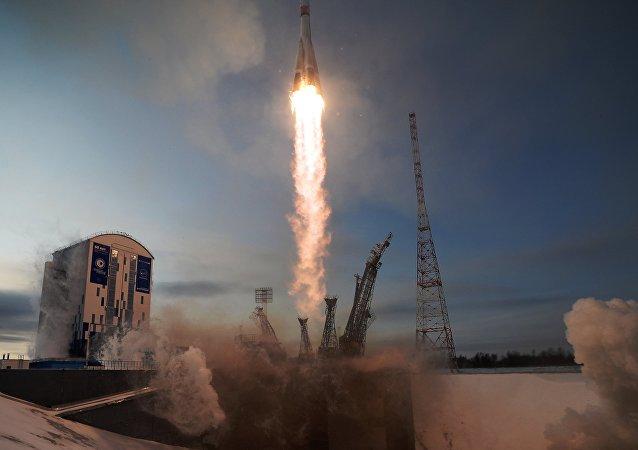 Lanzamiento del cohete Soyuz 2.1 (archivo)