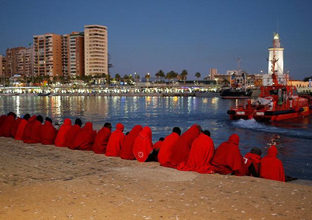 Migrantes en Málaga, España (imagen referencial)