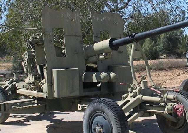 Un cañón soviético S-60